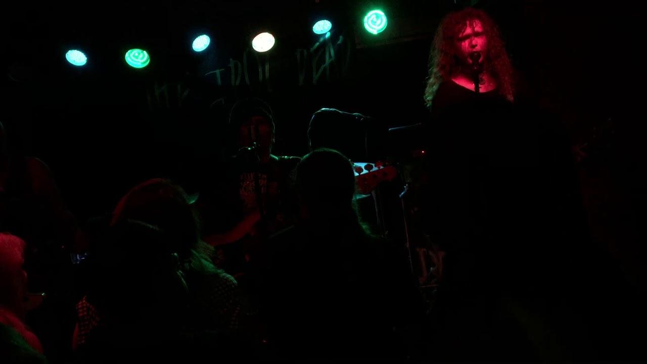 The Main Grains  Anthem  Live @ Eiger Studios Leeds. 05/08/17 & The Main Grains