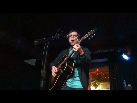 Rivers Cuomo - Can't Fight This Feeling (REO Speedwagon cover) – Live in San Francisco