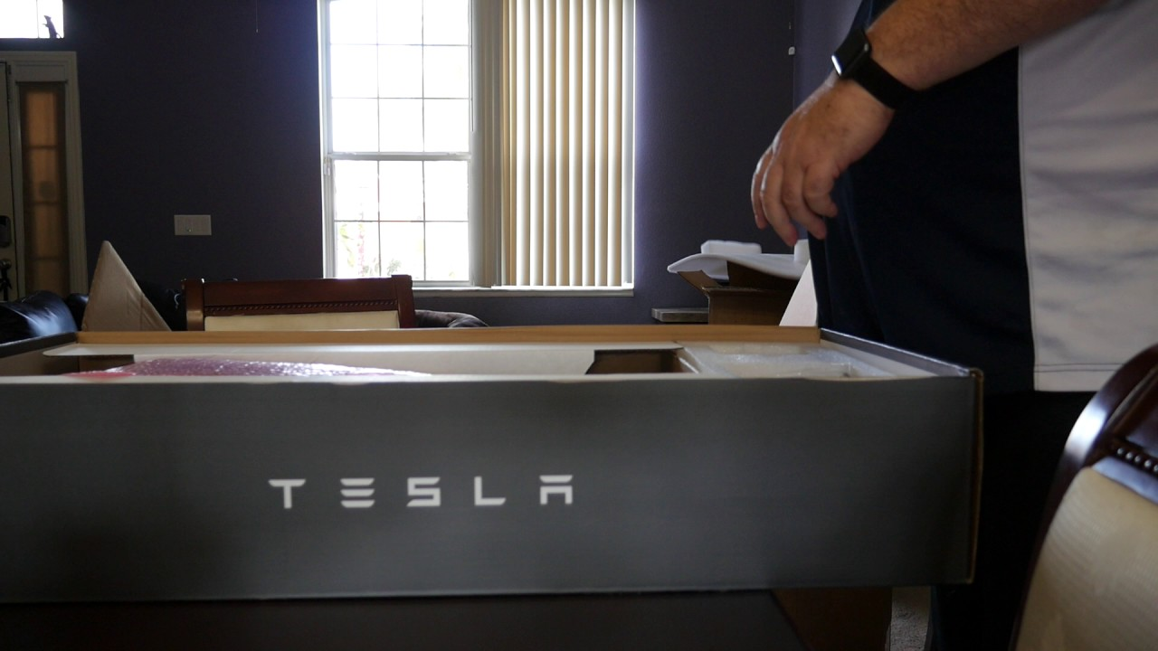 unboxing the tesla wall connector for model s youtube. Black Bedroom Furniture Sets. Home Design Ideas