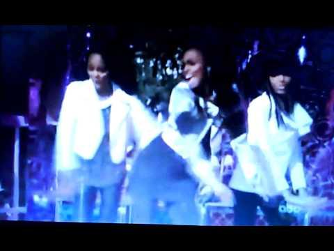China Anne McClain And The McClain Sisters - Jingle bell rocks