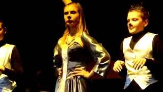 Новогоднее представление во Дворце творчества детей и молодежи города Витебска