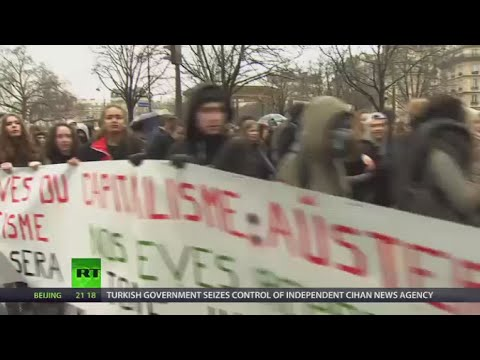 Slogans & Scuffles: Paris students protest against labor law reform