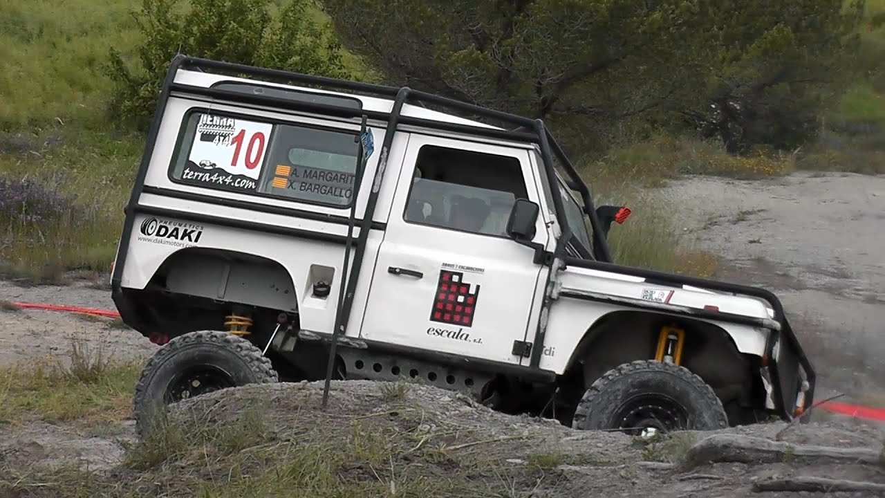 land rover defender 90 4x4 trial youtube. Black Bedroom Furniture Sets. Home Design Ideas