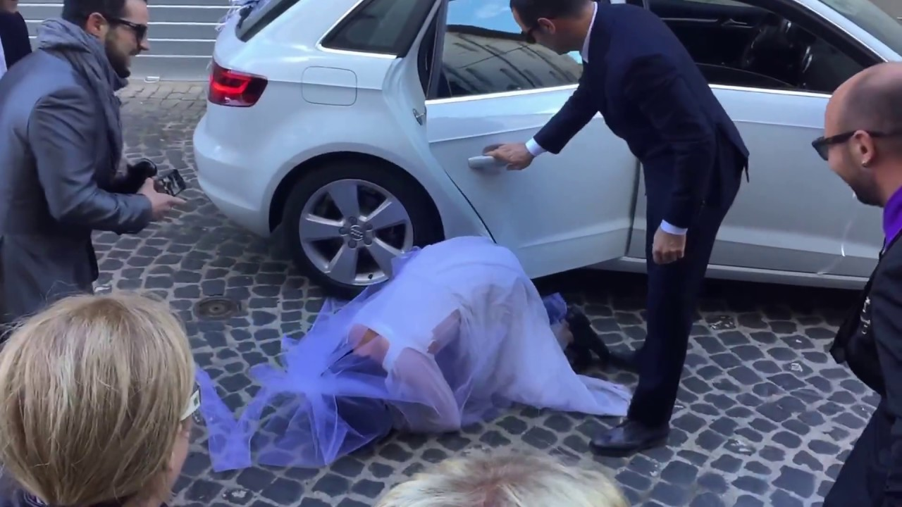 Molto Lo scherzo allo sposo!! - YouTube YU76