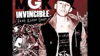 Machine Gun Kelly Ft. Ester Dean - Invincible (Instrumental)