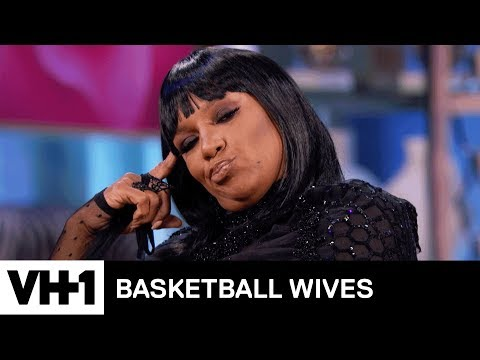 Evelyn Breaks Down In Tears | Basketball Wives