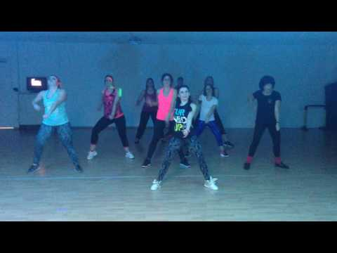 Keen'v Featuring Glory-Celle qu'il te faut -Zumba® choreo by Sonia Lacatus