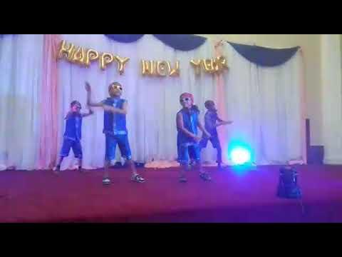 Kinshasa- new year 2018-kids group dance