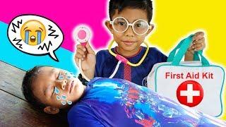 Drama Praya Lelah Berenang Diperiksa Dokter | Parodi Anak Main Dokter Dokteran 🤒