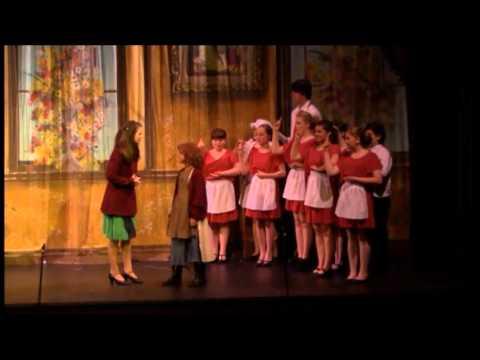 Annie: The Musical- Highlights
