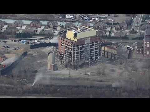 هدم محطة طاقة عمرها أكثر من 100 عام في ديترويت بأمريكا  - نشر قبل 5 ساعة
