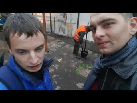 Укладка асфальта сотрудниками ГБУ Жилищник района Ново-Переделкино