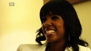 Kelly Rowland Reveals Who She Would like To Kiss Under The Mistletoe!