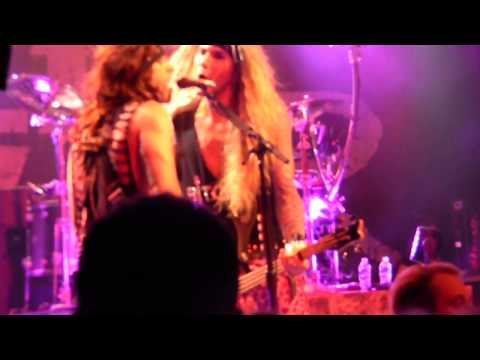 steel panther Lexxy foxx hair solo/ 17 girls in a row live fillmore Charlotte NC