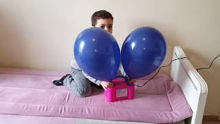 Kids play funny vidéos, kiss boys