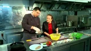 """Рубрика """"Особое меню"""": горячий салат с куриным филе и бальзамической карамелью"""