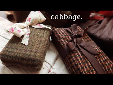 Wrapping Presents With Scrap Cabbage (whilst Chatting About Fabric & Sustainability)