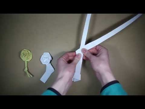 Palm folding: How to make a palm rose
