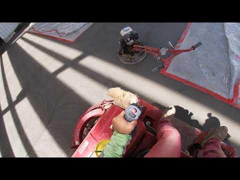 Concrete-Ride On Trowel Machine-Allen (Panning)