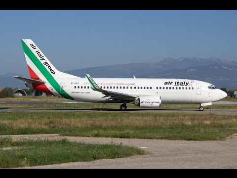 Air Itlay 737 - 300 landing in Malpensa (Milano) by Jerome127