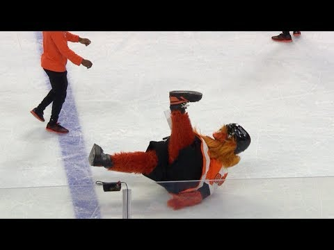 "Flyers new mascot ""Gritty"" takes a spill on his first night"