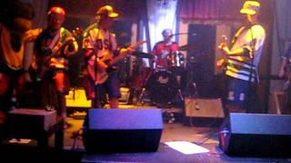 The Zambonis cover The Sonics The Witch
