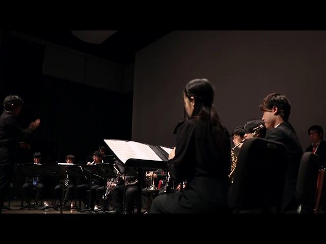17名の管打楽器奏者のためのシンフォニア