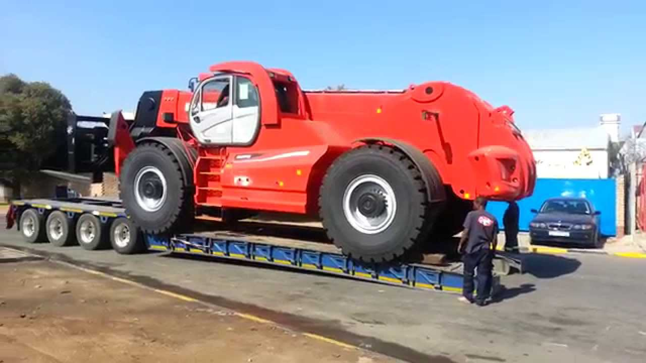 Worlds Largest Telehandler Lifting 40 Tons By Manitou