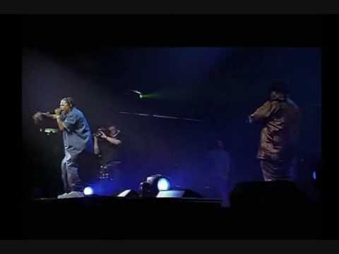 snoop-dogg-feat.-xzibit-&-nate-dogg---b****-please-live-up-in-smoke-tour-(eagle-rock-dvd)
