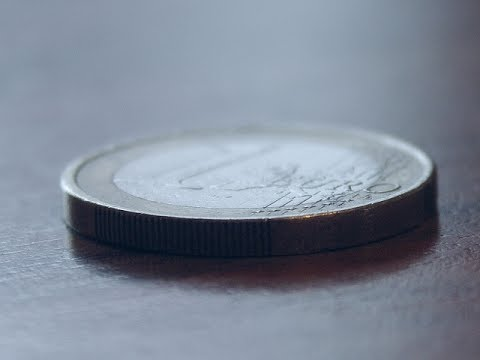 Vanish a  coin on a table : Rubbing