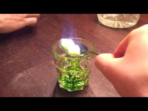 How to drink Absinth
