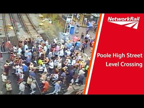 Poole High Street level crossing