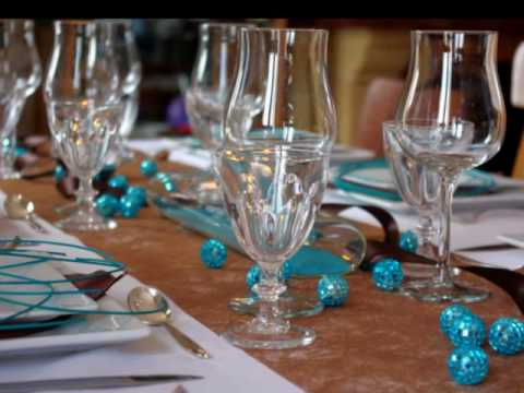 D coration de table turquoise chocolat by for Deco salon marron bleu turquoise