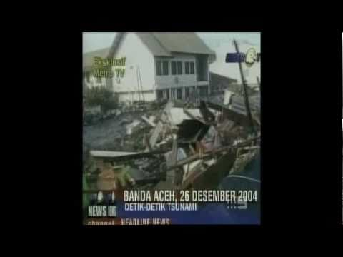 12-26-2004 Tsunami Tears Through Banda Aceh - National Nine News