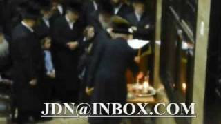 Chanukah With The Rebbes 5769 # 1