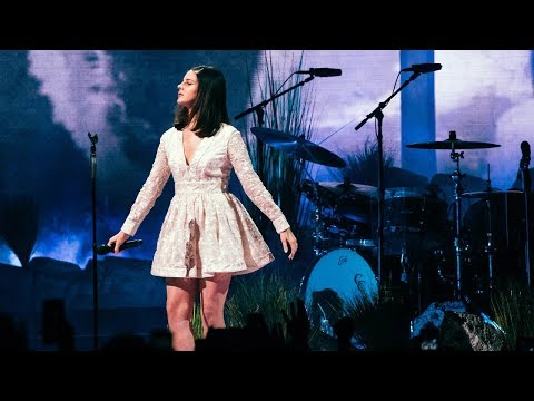 Lana Del Rey - LA To The Moon Tour live at Minneapolis 01/05/2018