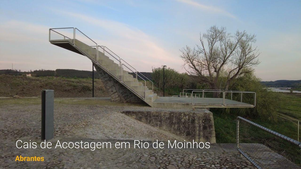 Cais de Acostagem em Rio de Moinhos