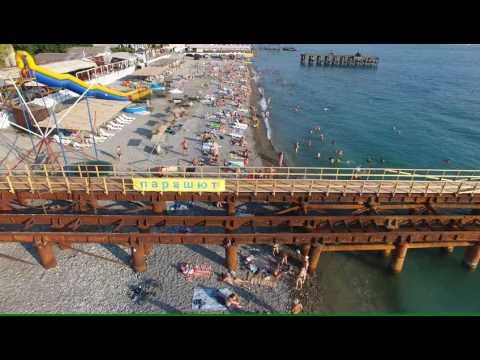 Сочи Лазаревское чистые спокойные пляжи напротив жд вокзала 4К(полный экран)