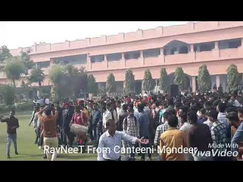 Ravneet from Canteeni Mandeer in S D college Sriganganagar live performance