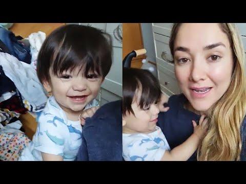 Download Sherlyn decide donar la ropa de su hijo André
