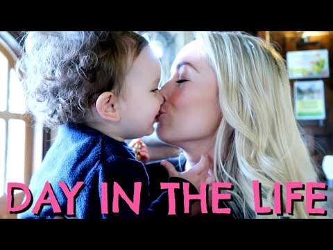 BABY'S FIRST KISS     FAMILY DAY IN THE LIFE      EMILY NORRIS