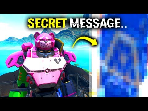 I Glitched Under ROBOT & Found This.. (Fortnite)