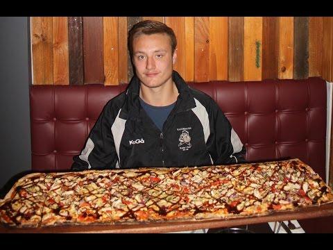 1 Metre Pizza Challenge!