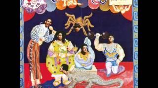 Maldita Vecindad Y Los Hijos Del Quinto Patio - Un Gran Circo (Letra en Descripción)