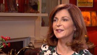 Maureen Dowd on Hillary Clinton's trustworthiness