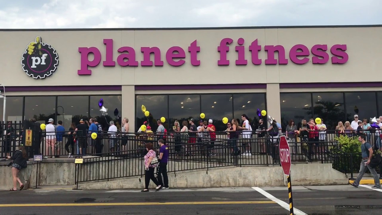 B Roll Of Planet Fitness In Penfield Youtube