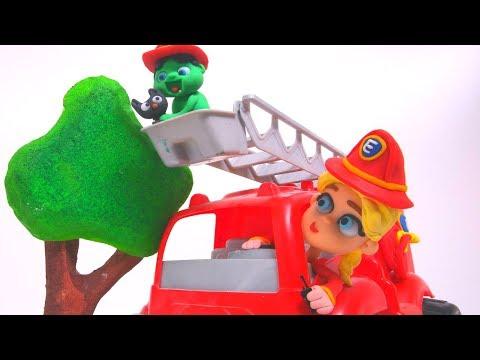 FROZEN ELSA & BABY HULK FIREMAN ❤ Superhero Play Doh Cartoons For Kids