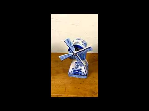 delft porcelain music box