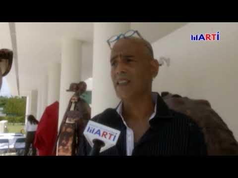 Escultor cubano presenta en Miami su más reciente obra