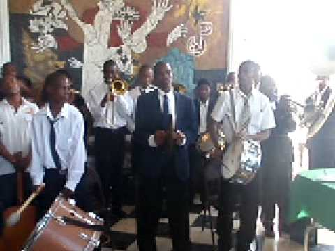 S.O.S.S. Solidarite Petionville School Collapse Student Prayer Salute